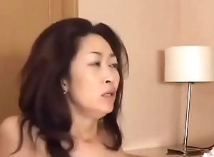 Asiatisch japanische Mistranslate bekommt geilen Fick und eine dicke Ladung