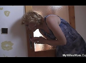 Girlfriends hot mama helps him cum