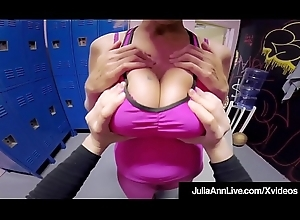 Sexy Jocular mater Julia Ann Receives Matured Twat Fucked &_ Cummed On!