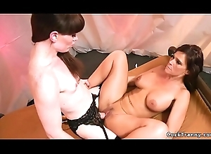 Bosomy Milf unfathomable cavity face holes trannys learn of