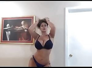 Hawt milf strippin less on www.cam4free.ml