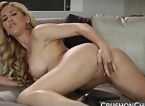 Crushgirls - cherie deville masturbating be advantageous to their way stepson