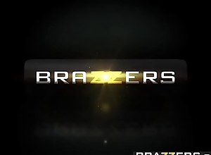 Brazzers.com - large booties equal to in the chips large - (kiki minaj) - want of a flogging