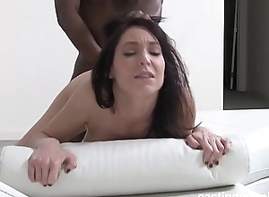 Full-grown instigate brunette hair fucks at bottom bracket - First ripen
