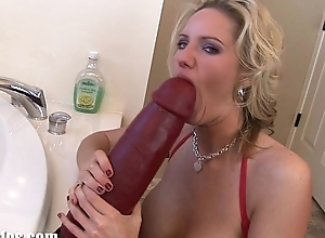 Take charge golden-haired milf zoe fills her muff more a whacking big sex-toy
