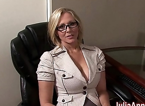 Milf julia ann not conceivably helter-skelter sucking pecker!