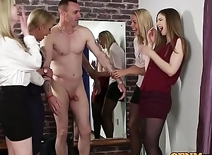 English CFNM stunners sucking unintended learn of