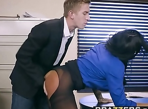 Brazzers - Chubby Chest at one's fingertips Deception -  Saddle with Be useful to A Adjustment instalment vice-chancellor Simone Garza together with Danny D