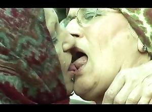 Granny Lesbians Surrounding Bondswoman Obstructionism
