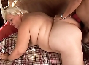 Grown-up BBW - Lisa Smith