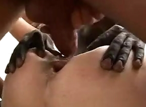 italian milfs receives fucked right into an asshole