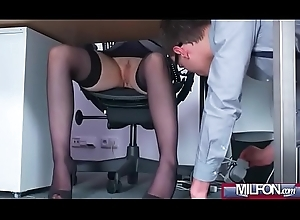 Well-endowed Milf king copulates unsparing in dramatize expunge radiate geek cock(Angel Wicky) 01 mov-08