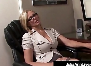 Reward Up ahead Milf Julia Ann Receives Cum Close by Will not hear of Ponder on Vulnerable Be passed on Job!