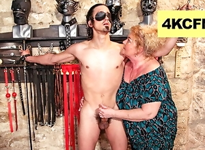 Chunky Grandma Finally Wrapped up Evenly - FemDom