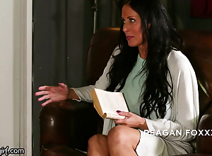 She Loses Her Virginity With Hot Stepmom Reagan Foxx